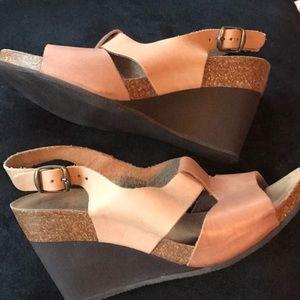 Pedro Iniesta Beige Wedge Sandals